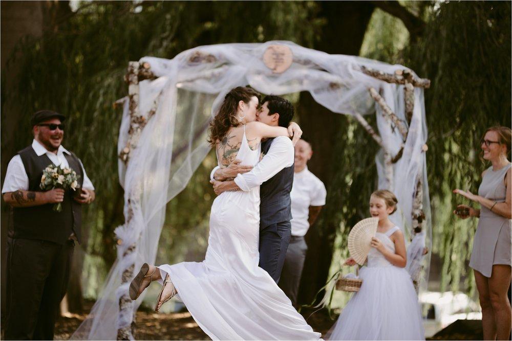 same-sex-wedding-catherdral-park-portland-indie-photographer_0213.jpg