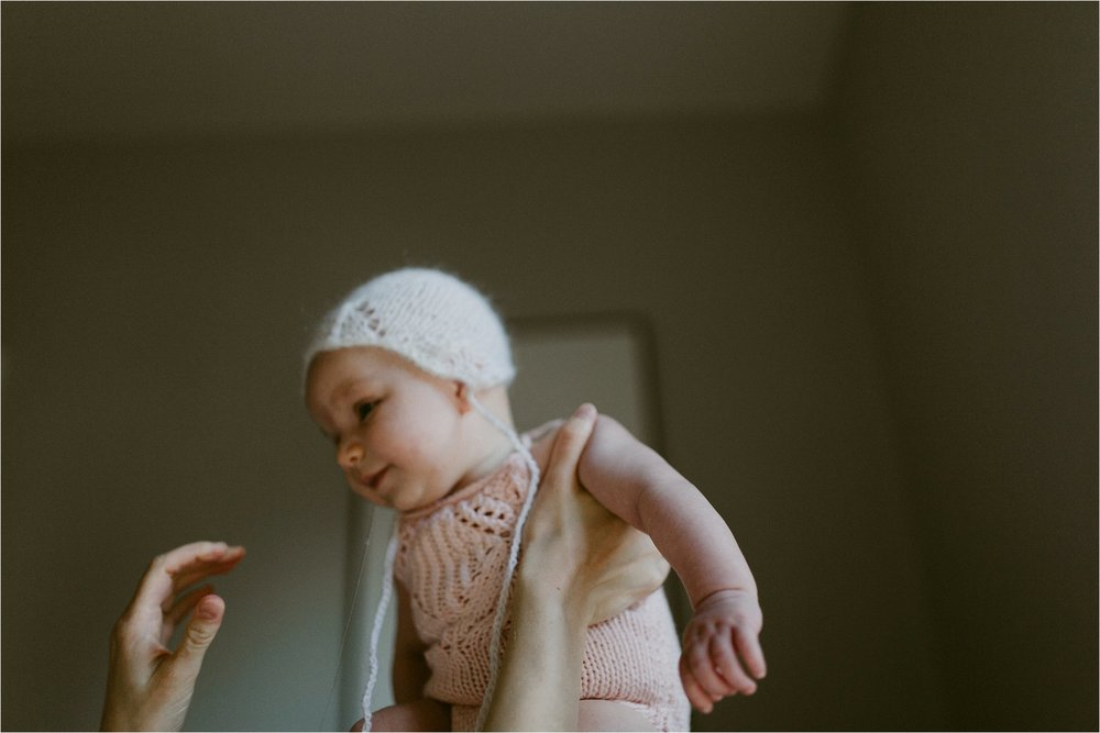 in-home-lifestyle-mama-and-baby-session-portland-family-photographer-33.jpg