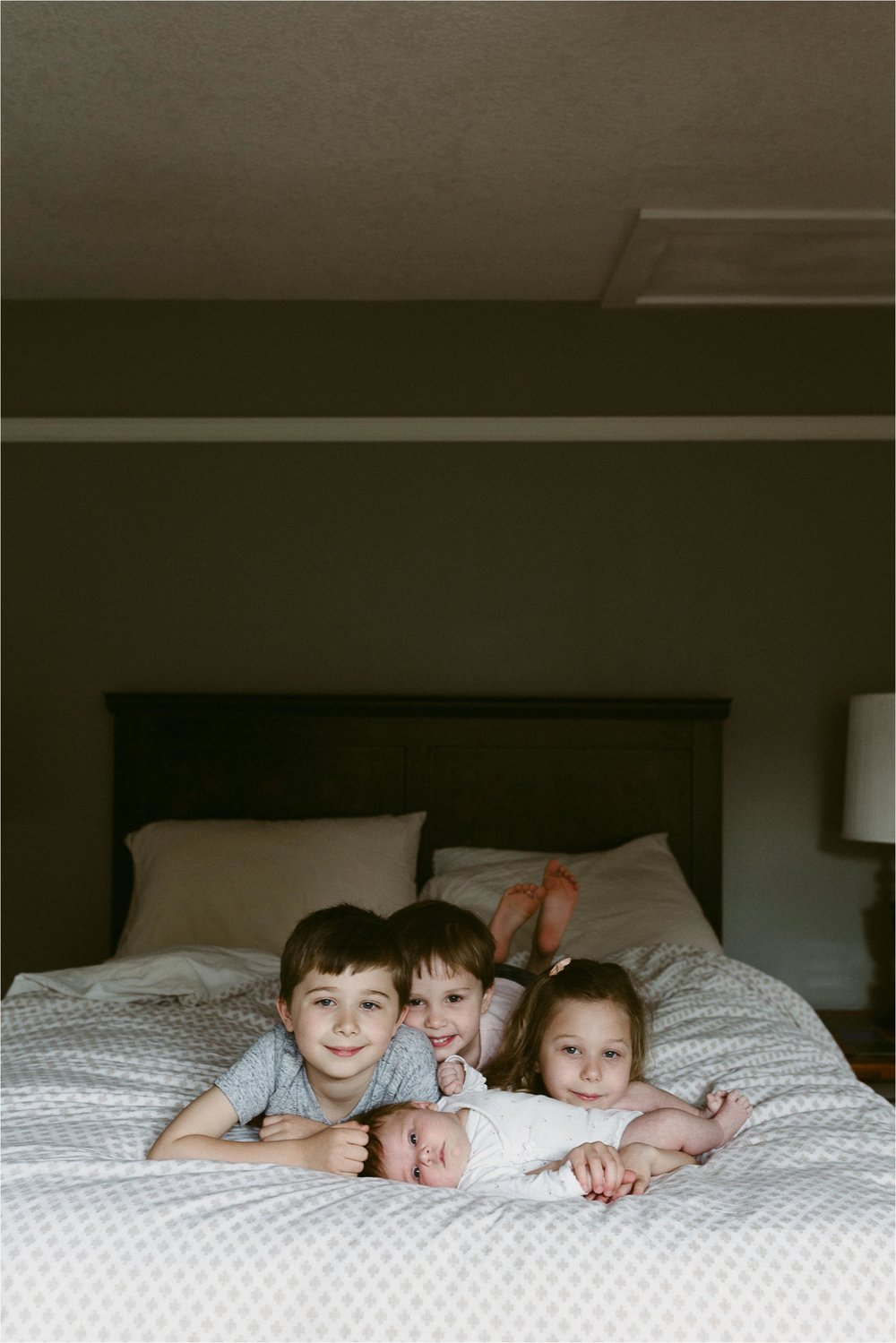 portland-family-photographer-in-home-session-23.jpg