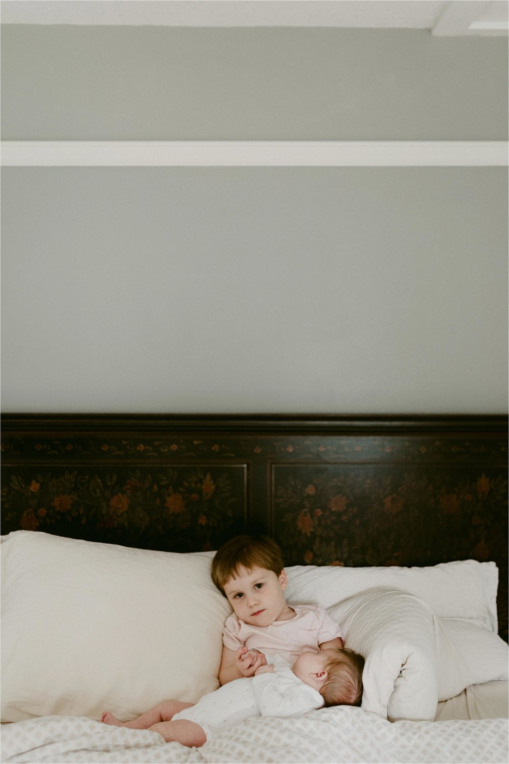 portland-family-photographer-in-home-session-28.jpg