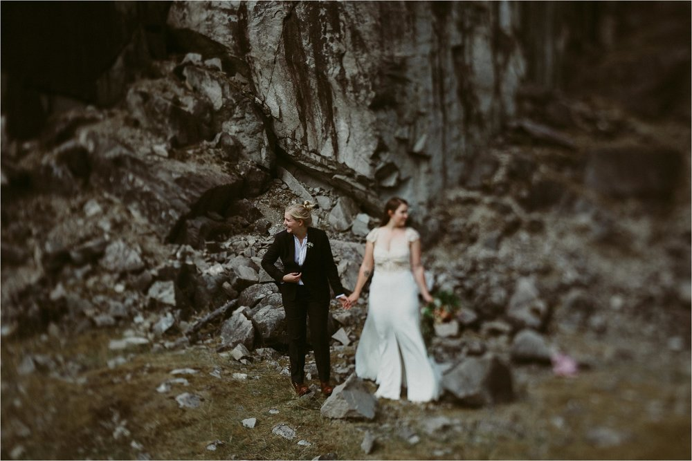 columbia-river-gorge-elopement-101.jpg