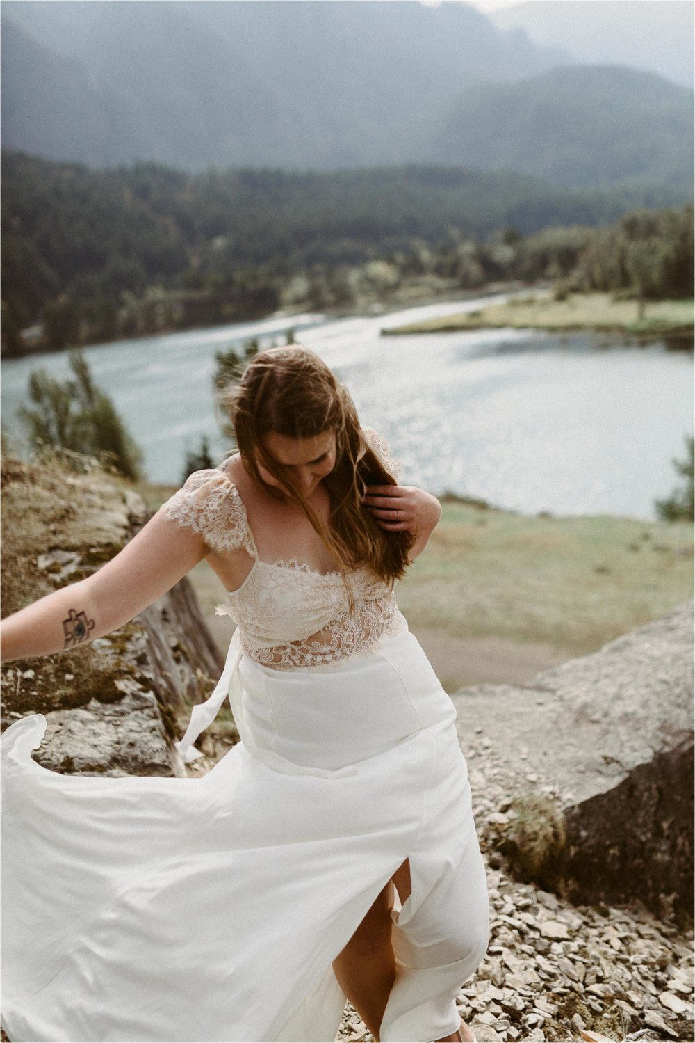 columbia-river-gorge-elopement-111.jpg
