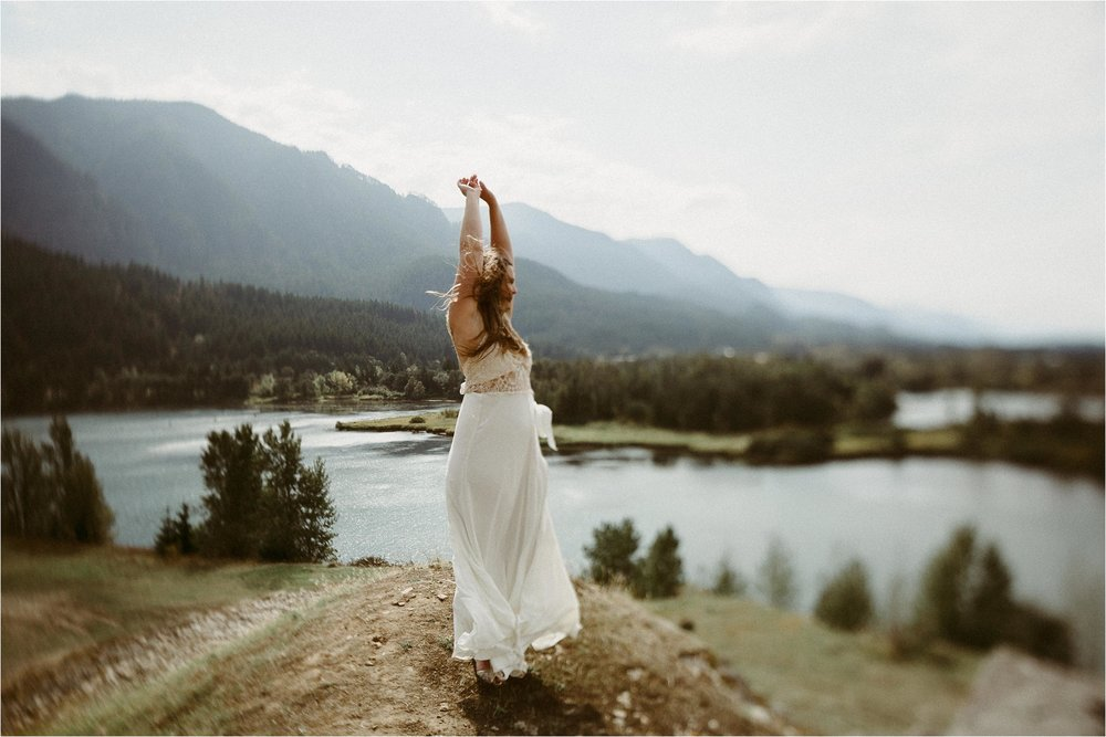 columbia-river-gorge-elopement-113.jpg