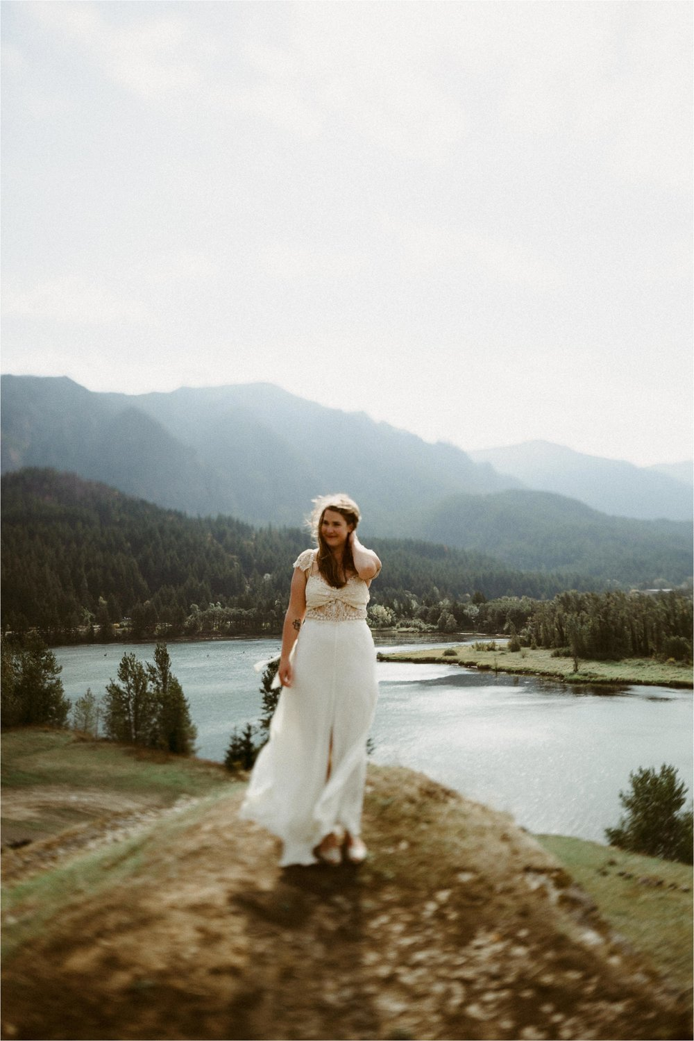 columbia-river-gorge-elopement-114.jpg