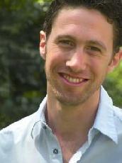 Daniel Max headshot