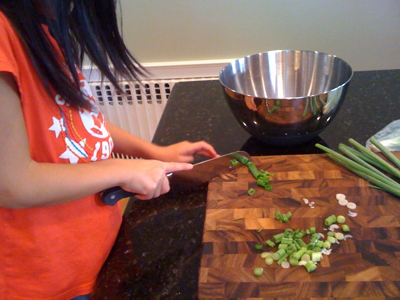 lilah chopping scallions