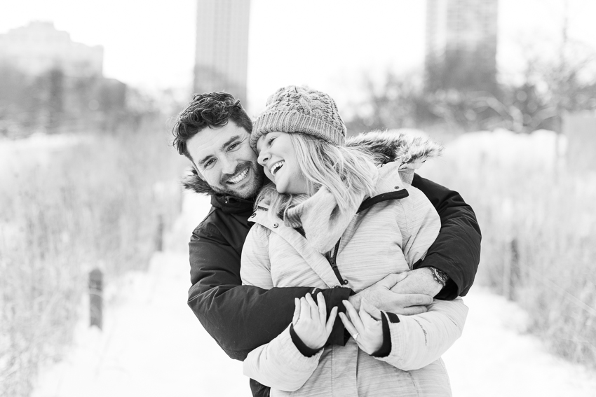 winterlincolnparkengagement-33.jpg