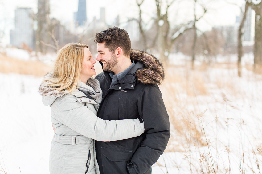 winterlincolnparkengagement-17.jpg