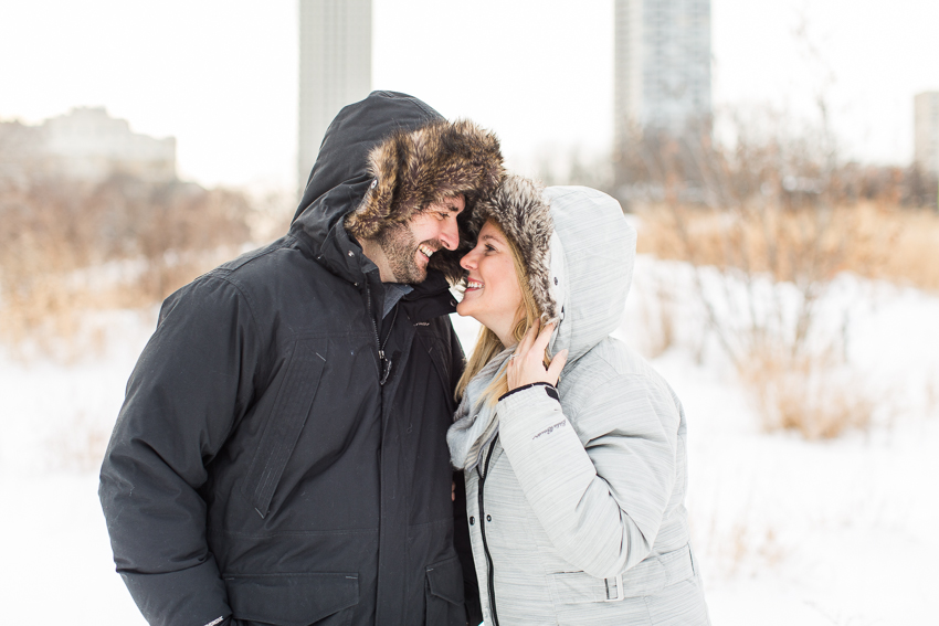 winterlincolnparkengagement-13.jpg