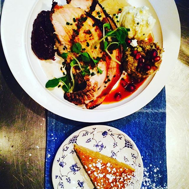 American Thanksgiving Plate with Sweet Potato Pie at the Dinette, tonight! 😄