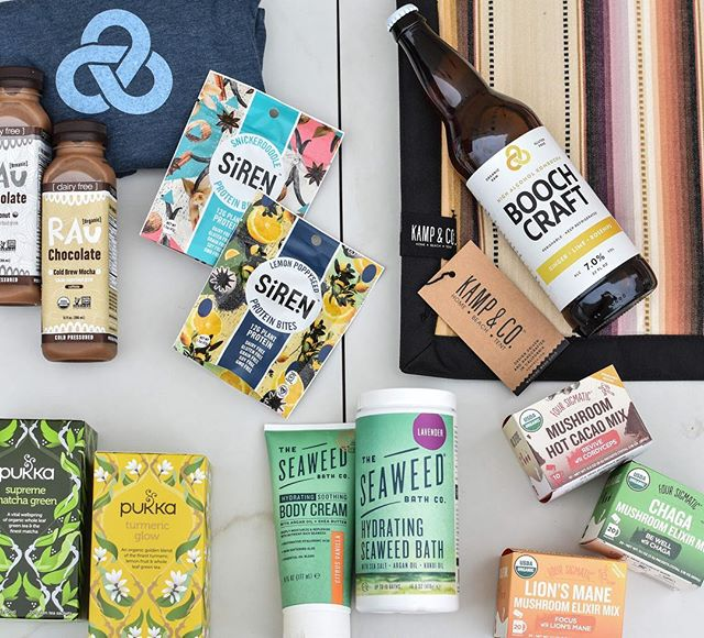 *EARTH DAY GIVEAWAY* We've teamed up with some amazing local/organic companies in celebration of the Earth!! • One very earthy person will win: -@boochcraft High Alcohol Kombucha $30 gift card, $30 voucher for online shop -@foursigmatic Superfood Mushrooms, $100 value variety pack -@drinkrau Superfood Drinking Chocolate, 8-pack of your choice -@pukkaherbsus Delicious Organic Herbal Teas, 6 mos worth -@theseaweedbathco Ocean Inspired Body, Skin & Hair Products -@sirensnacks Plant Powered Protein Snacks, variety pack, tote bag & leggings -@kampandco Hand Woven Home Decor, picnic blanket $179 value • All you have to do to enter is: - Follow ALL participating brands listed above (we check!) - Comment below with your favorite flower and tag 2 friends (more tags=more entries) - Extra points if you share the giveaway on your stories! • Giveaway ends April 21st Midnight PST. Winner will be announced in our IG Story on Sunday April 22nd! You must be a U.S. Resident and 21+ to win. By entering, you acknowledge that this giveaway is in no way sponsored, endorsed or administered by or associated with Instagram, and you release Instagram of all responsibility.