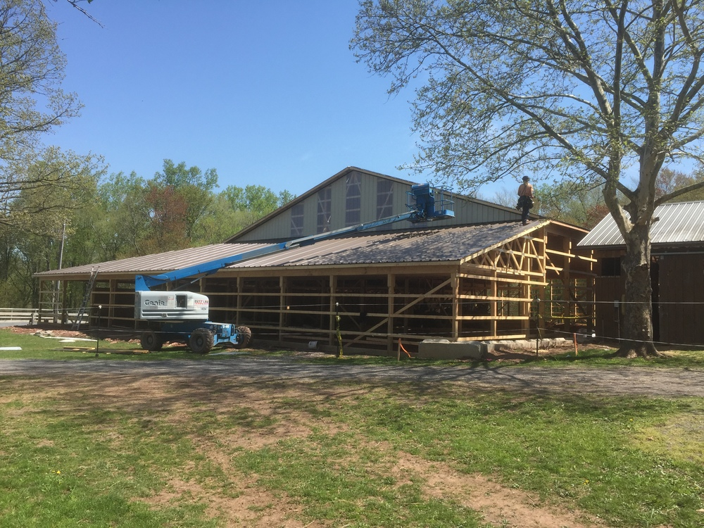 BuildingTheBarn248.JPG