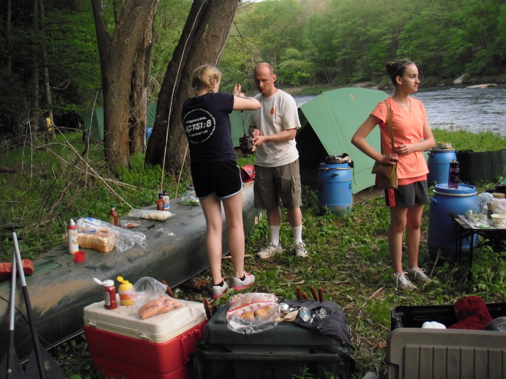 Camp Hebron brings everything you need for Canoe Trips.