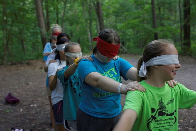 Building teamwork & confidence on the low-ropes course.