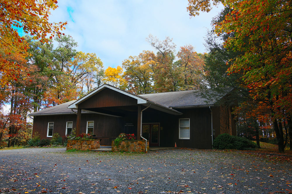 Creekside Large sanctuary and breakout rooms convenient to Sylvan View.