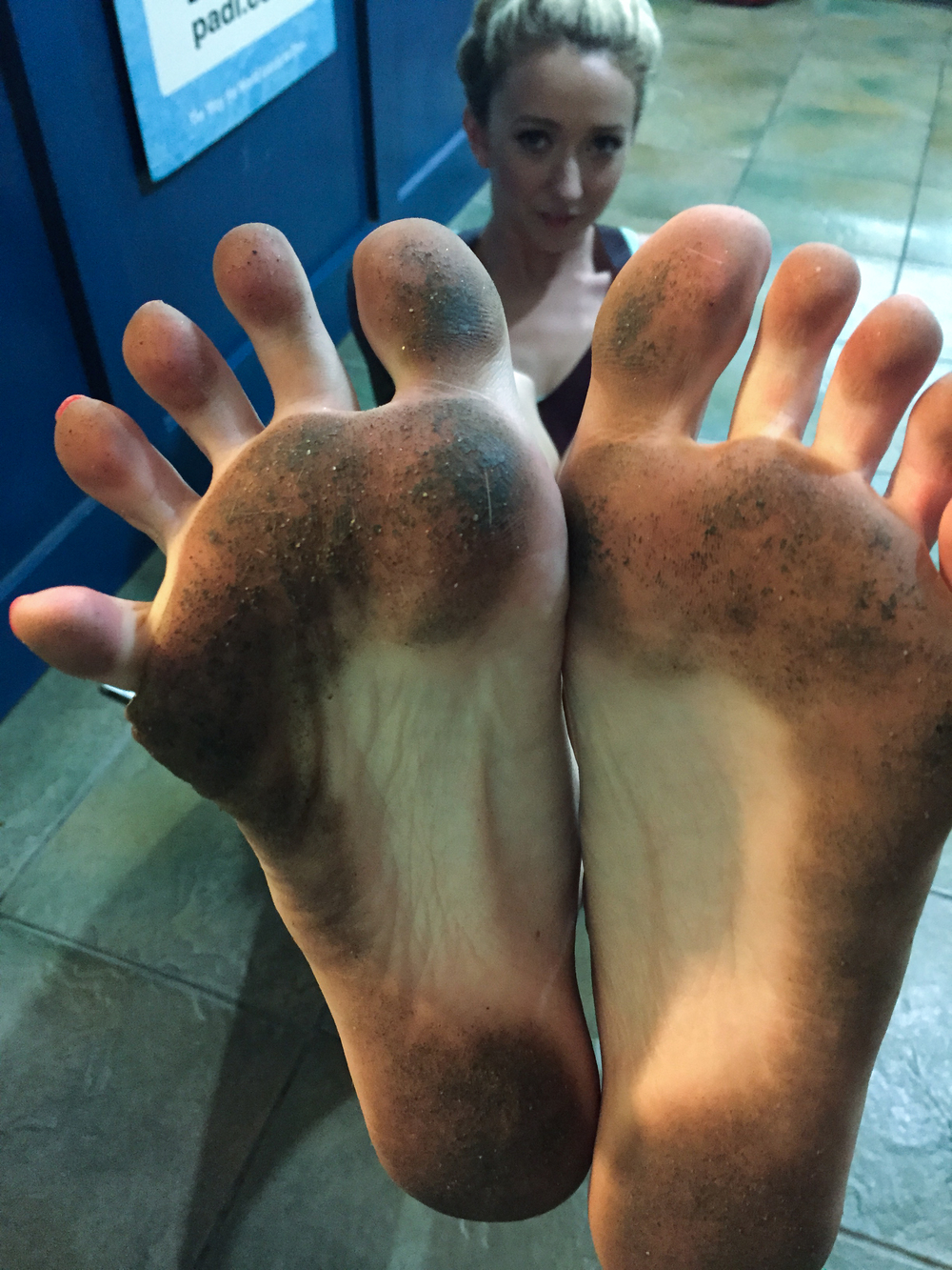 Dirty feet, no problem.