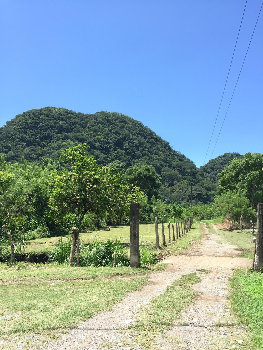 The peaks of Las Nalgas as seen from Los Naranjos.