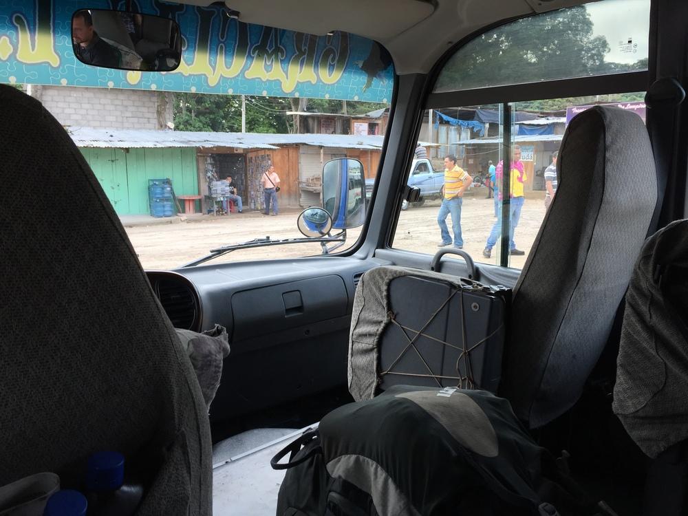 Local bus from Gracias to La Entrada. 100 lps.