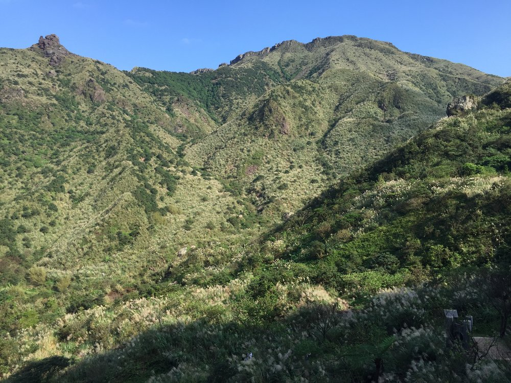 Teapot Mountain to the left.