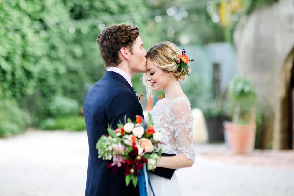 Austin-Wedding-Photographer-Styled-Mid-Century-Modern-Shoot-19.jpg