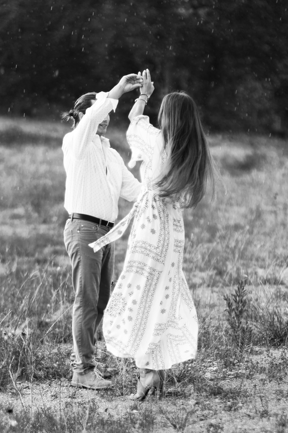 camp-lucy-boho-engagement-session-austin-texas-wedding-photographer-017.jpg