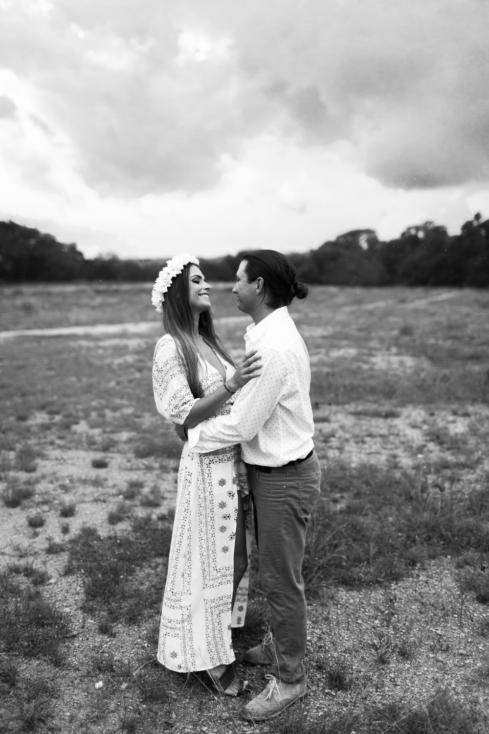 camp-lucy-boho-engagement-session-austin-texas-wedding-photographer-035.jpg
