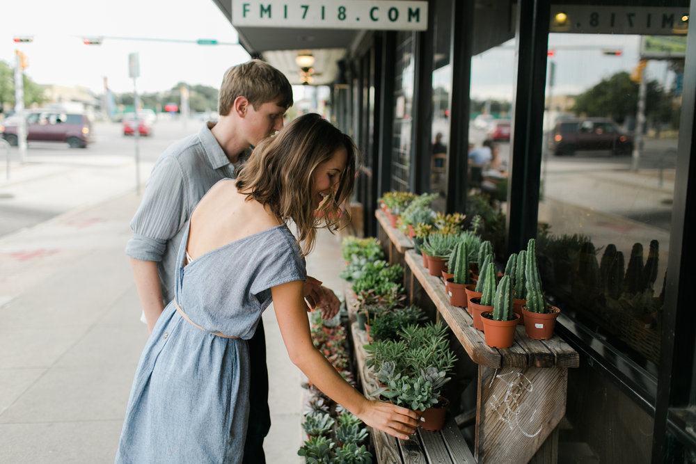 Austin_Texas_Fine_Art_Wedding_Photographer_Kayla_Snell_Photography_South_Congress_Engagement_Session89.jpg