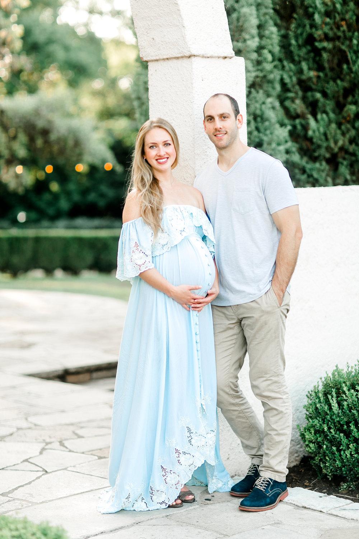 Austin-Maternity-Photographer-Laguna-Gloria-13.jpg
