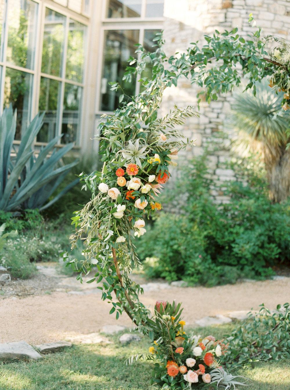 Best-Austin-Denver-California-Wedding-Photographer-Greenhouse-Driftwood9.jpg