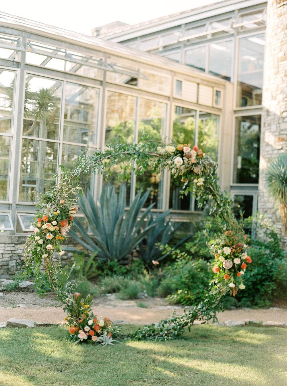 Best-Austin-Denver-California-Wedding-Photographer-Greenhouse-Driftwood10.jpg