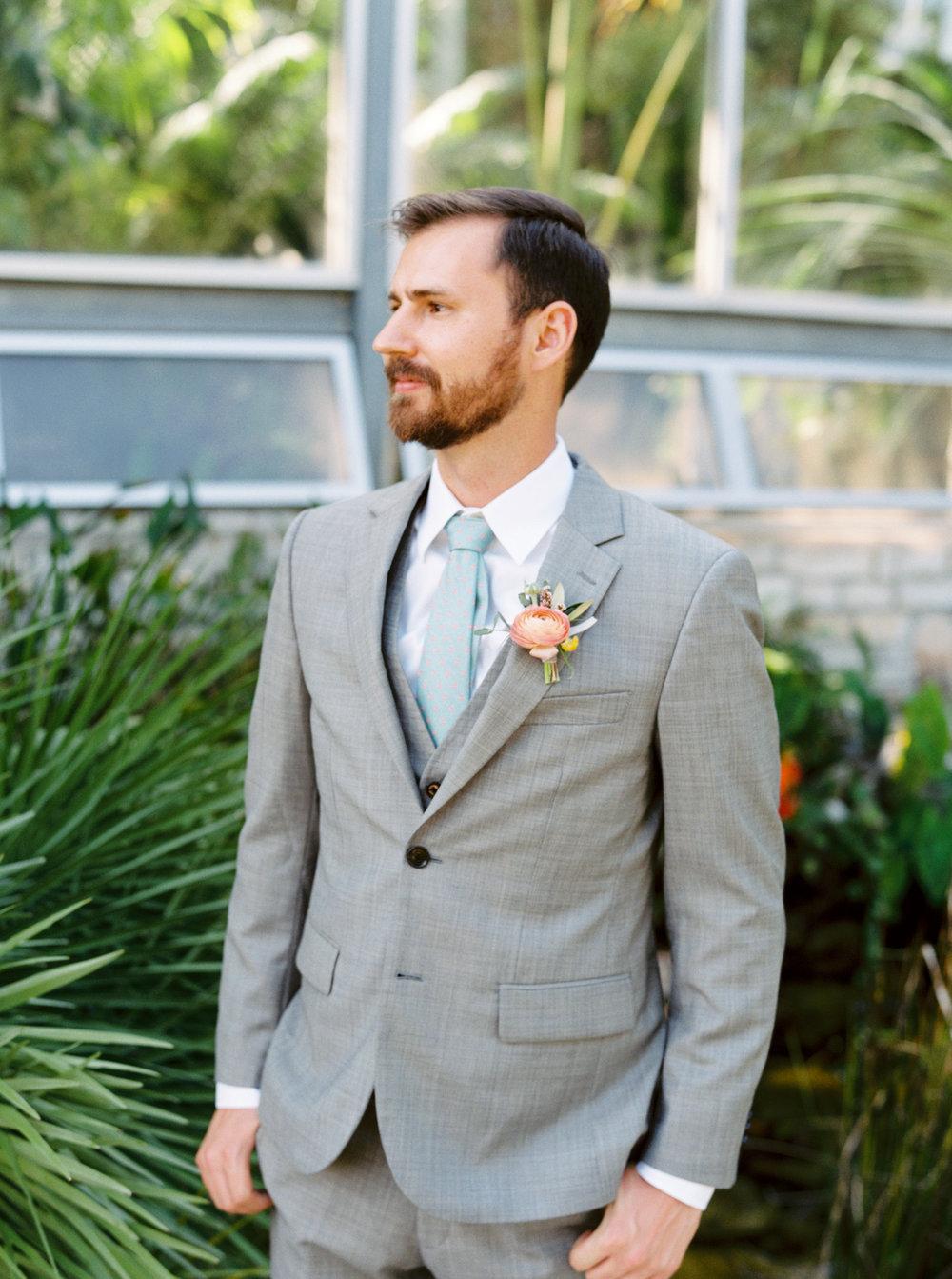 Best-Austin-Denver-California-Wedding-Photographer-Greenhouse-Driftwood11.jpg