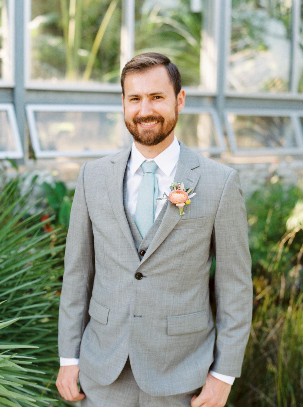Best-Austin-Denver-California-Wedding-Photographer-Greenhouse-Driftwood12.jpg