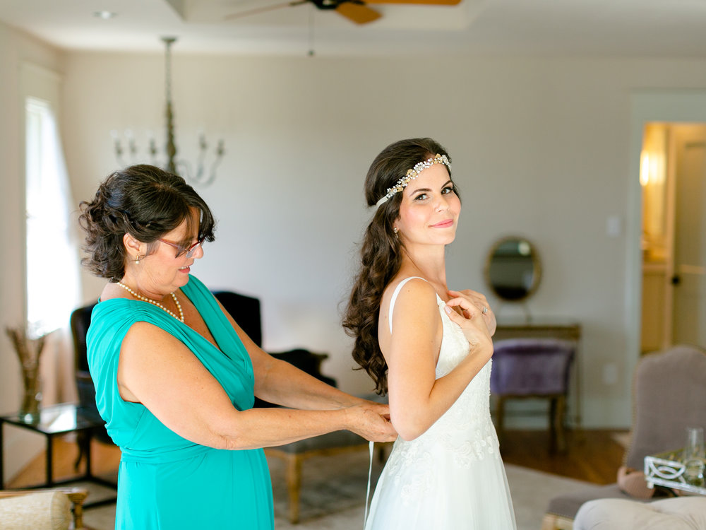 Best-Austin-Denver-California-Wedding-Photographer-Greenhouse-Driftwood15.jpg