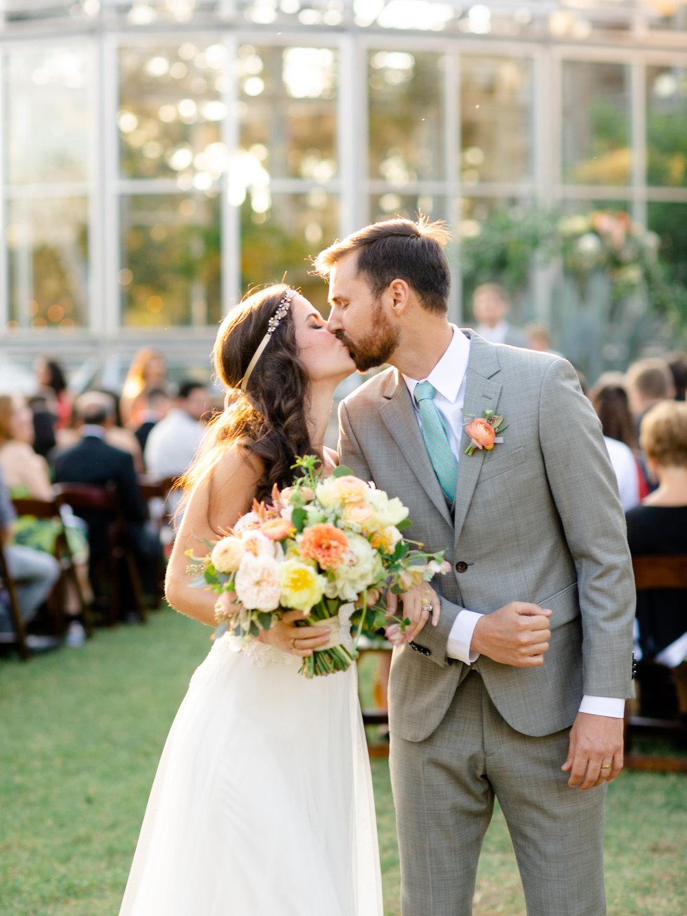 Best-Austin-Denver-California-Wedding-Photographer-Greenhouse-Driftwood26.jpg