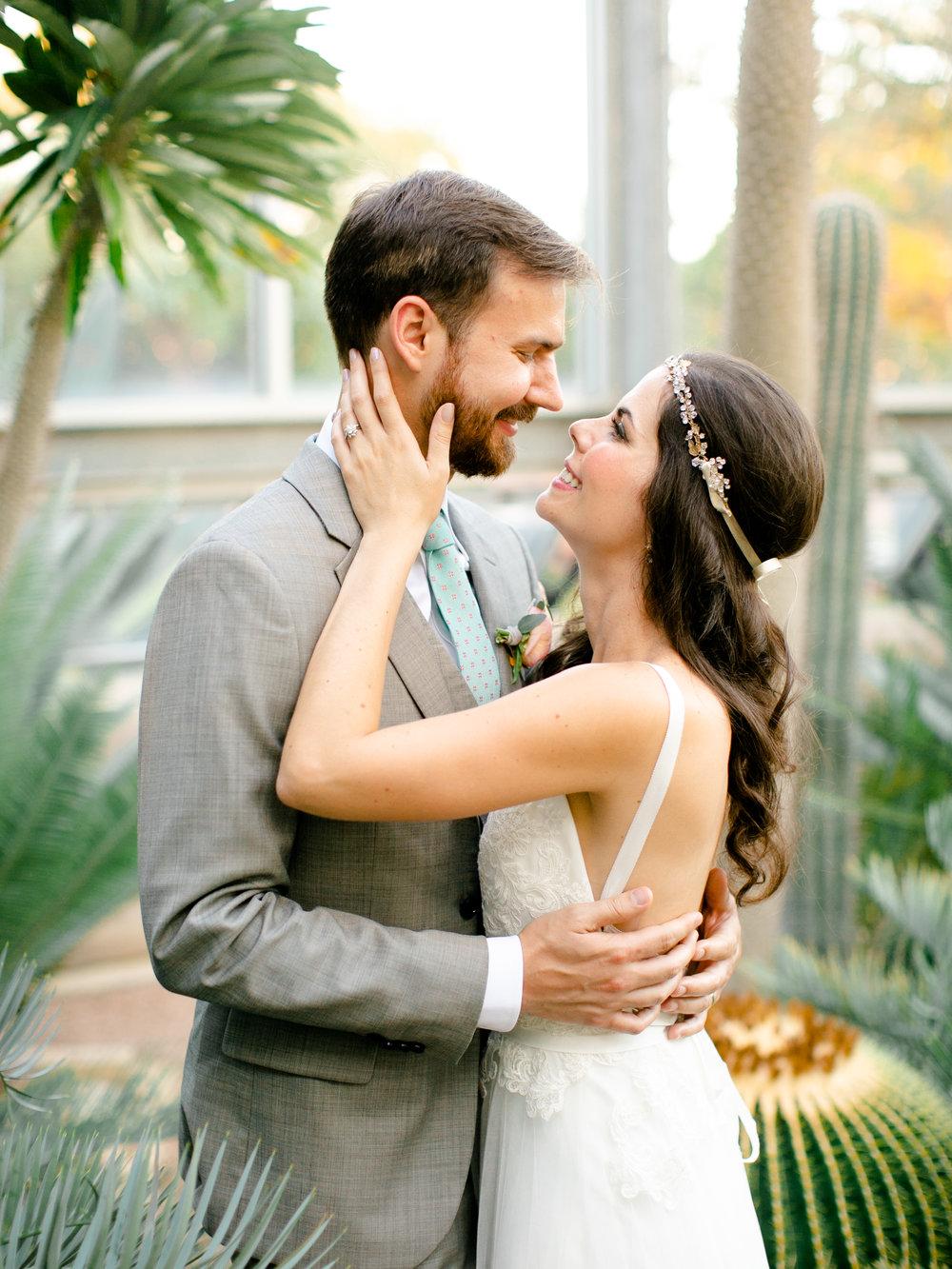 Best-Austin-Denver-California-Wedding-Photographer-Greenhouse-Driftwood36.jpg