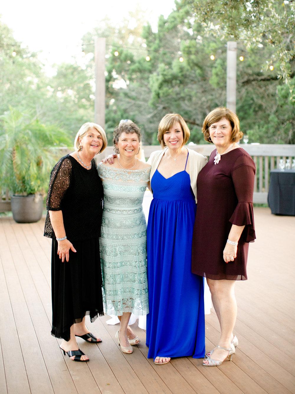 Best-Austin-Denver-California-Wedding-Photographer-Greenhouse-Driftwood38.jpg