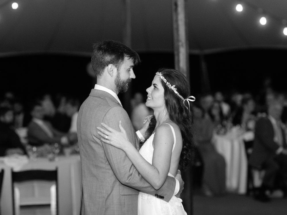 Best-Austin-Denver-California-Wedding-Photographer-Greenhouse-Driftwood40.jpg