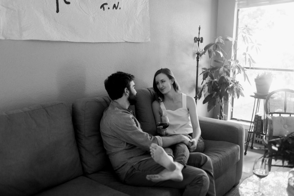 Austin-Texas-Wedding-Photographers-home-lifestyle-engagement-session-27.jpg