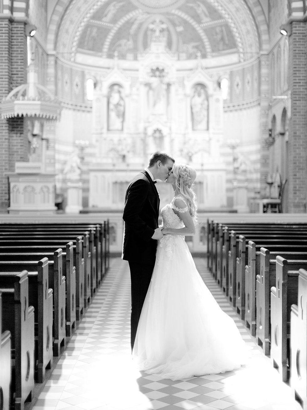 Best-Austin-Denver-California-Wedding-Photographer-Nest-Ruth-Farms-27.jpg
