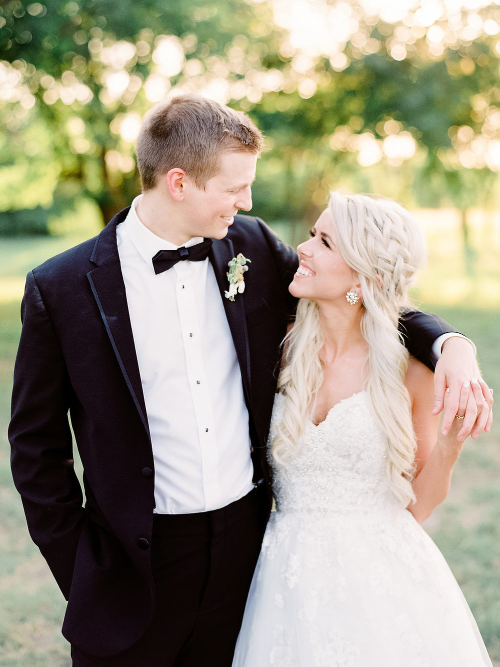 Best-Austin-Denver-California-Wedding-Photographer-Nest-Ruth-Farms-39.jpg