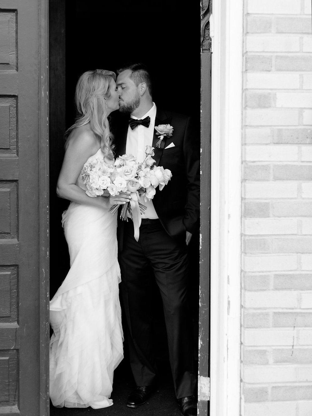 Best-Austin-Denver-California-Wedding-Photographer-Palazzo-Lavaca-27.jpg