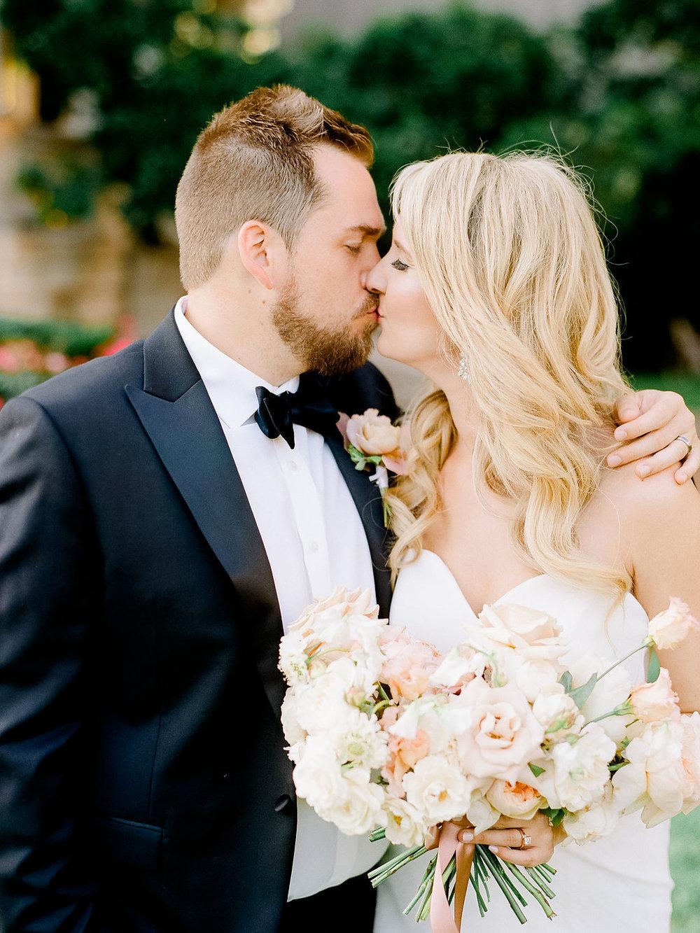 Best-Austin-Denver-California-Wedding-Photographer-Palazzo-Lavaca-31.jpg