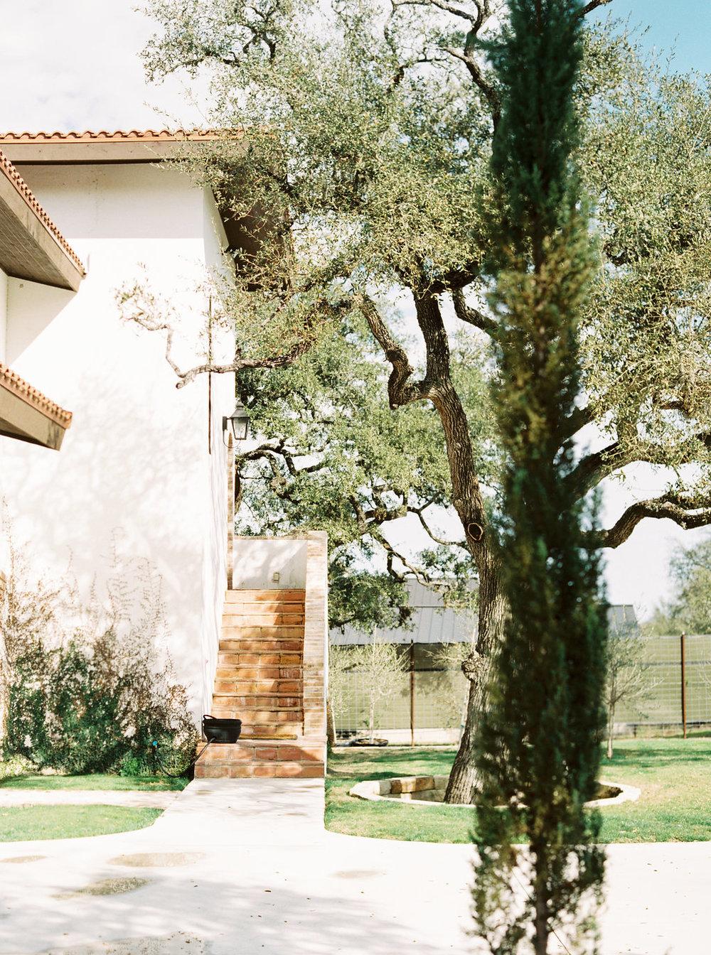 Best-Austin-Denver-California-Wedding-Photographers-fine-art-film-Garden-Grove-12.jpg