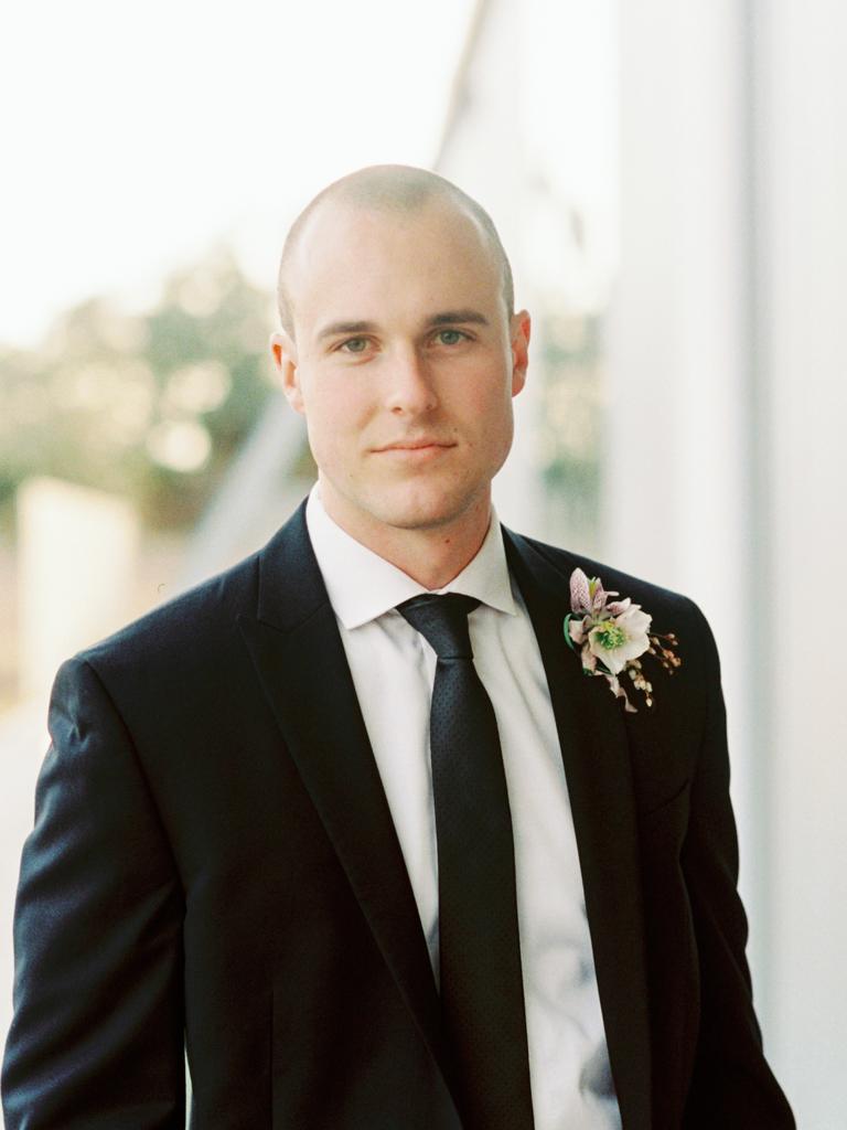 Best-Austin-Texas-Wedding-Photographers-Film-Hybrid-Prospect-House-17.jpg