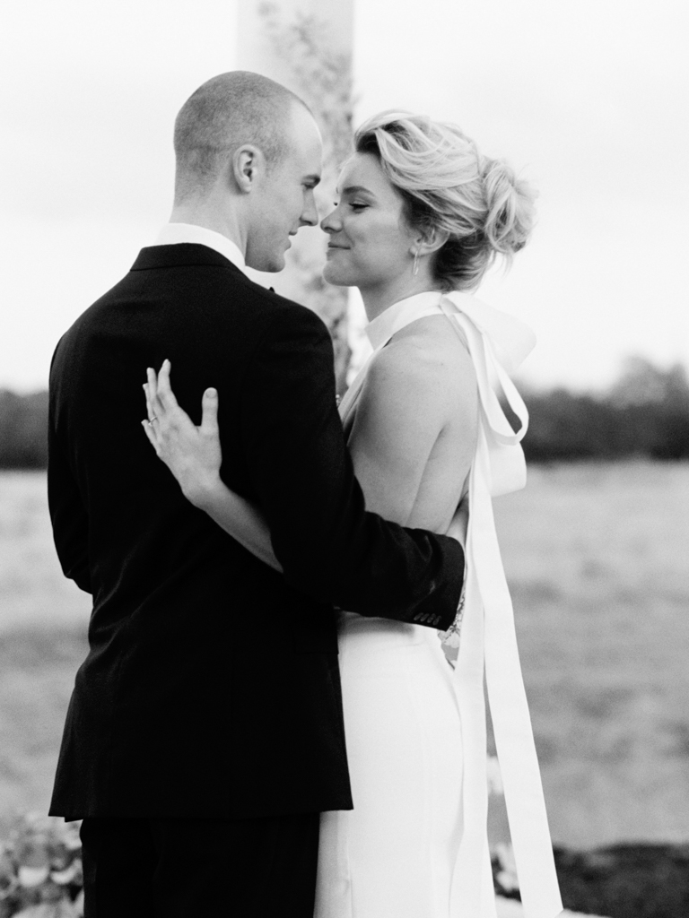 Best-Austin-Texas-Wedding-Photographers-Film-Hybrid-Prospect-House-23.jpg