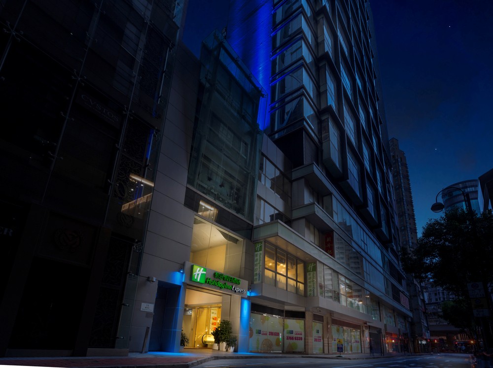 hotel_photography_night_exterior.JPG