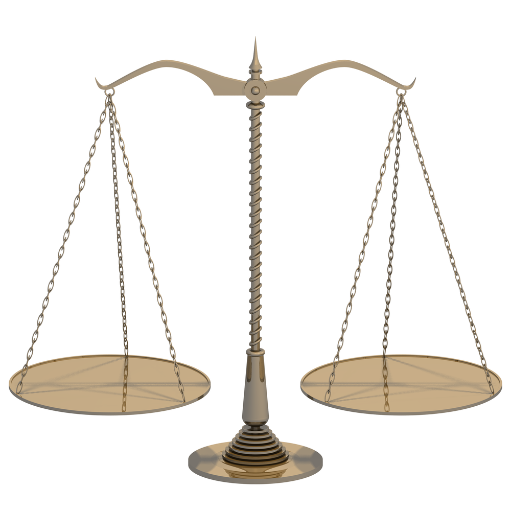 Brass_scales_with_flat_trays_balanced.png