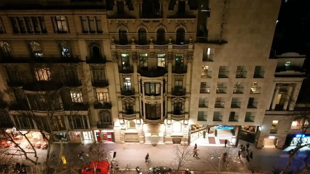 barcelonabuilding.jpg