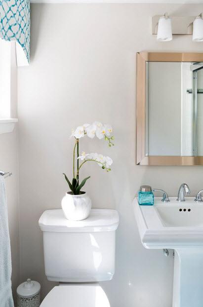 Gwinn Guest Bath.jpg