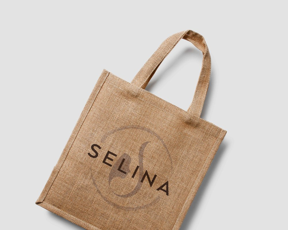 branded-cosmetics-makeup-bag-tote-logo.jpg